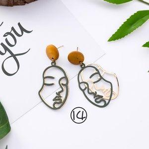 ❤️️NEW UNIQUE Face Handmade Earrings G7